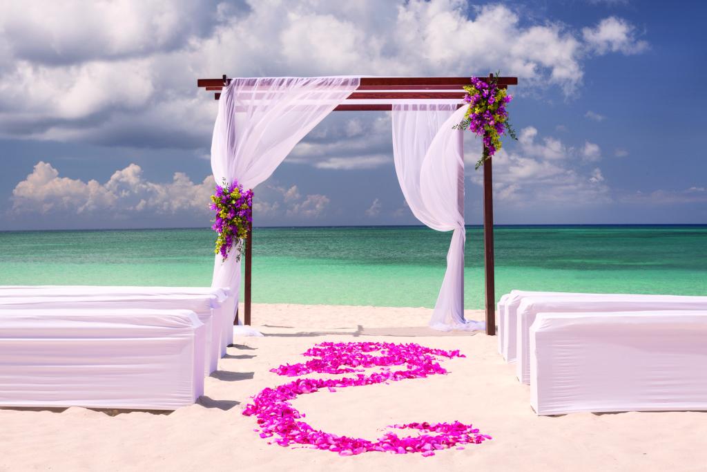 Cayman Island Wedding Ritzy I Dos: The Ritz Carlton Grand Cayman Island